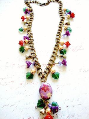 409 Flower Girl Necklace
