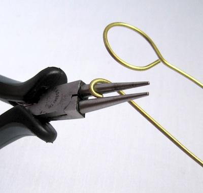 Hacer una herramienta de sujeción de brazaletes