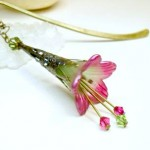 How to Display Bookmarks with My Jewelry