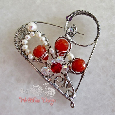 Wire Wrapped Heart Brooch
