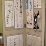 Bifold Door Total Jewelry Display