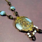 Vintage-Style Neo-Victorian Jewelry: Amazonite Donut Necklace