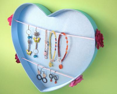 Jewelry Display Made of a Gift Box