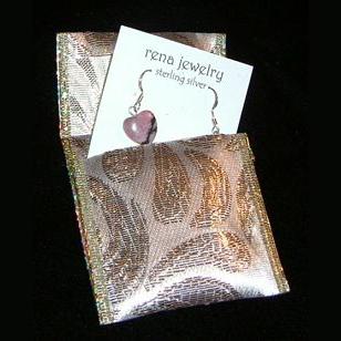 make a no-sew jewelry pouch