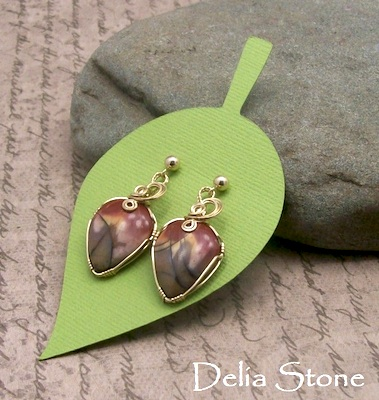 Making Large Jewelry Tags - Delia Stone