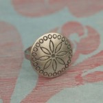 A Versatile Background for Photographing Jewelry