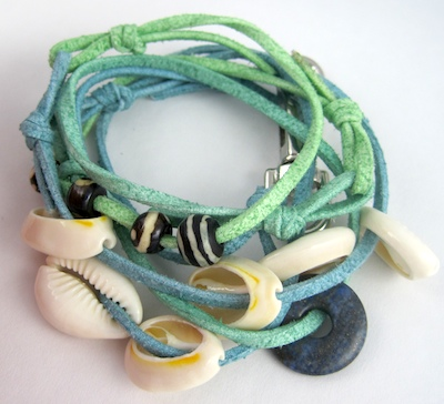 make a wrapped bracelet - tranquil island by Rena Klingenberg
