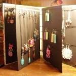 Make a Portable Jewelry Display Portfolio