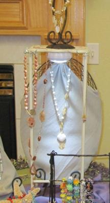 Non Traditional Jewelry Display Booth Ideas Jewelry