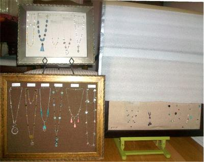 Picture Frame Necklace Displays
