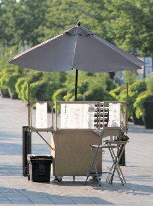A Portable Booth You Can Make