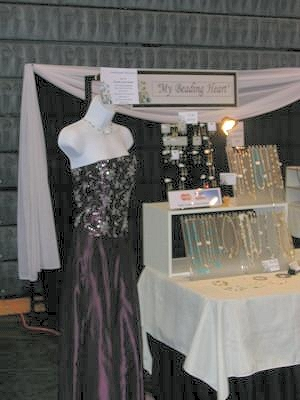 Using a Mannequin in Your Jewelry Display