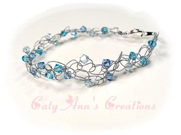 Wire Crochet Bracelet: Sparkling Blue Ice