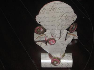 Head and Hand Jewelry Displays