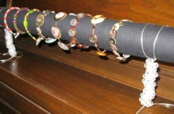 Inexpensive, Elegant Bracelet Display