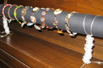 Inexpensive, Elegant Bracelet Display