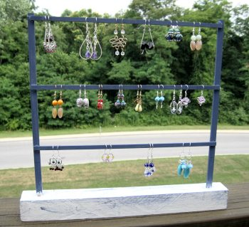 Inexpensive Earring Display