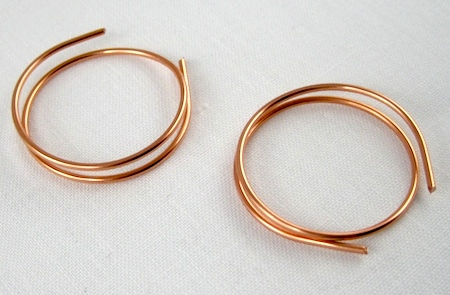 Zen spiral hoop earrings tutorial - beginning of the hoops