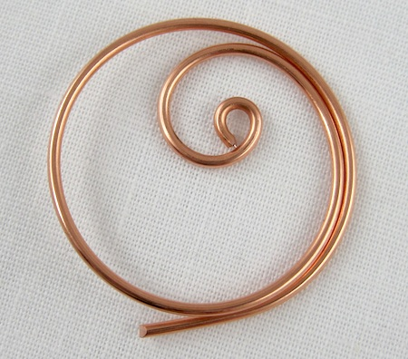 Zen spiral hoop earrings tutorial - finished spiral inside the hoop