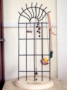 DIY Long Earrings and Necklace Display