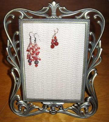 Easy Earring Displays