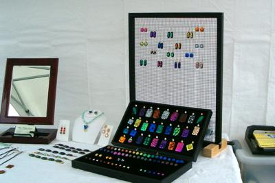 Floating Frame Earring Display