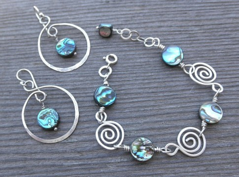 Abalone Swirl jewelry set by Lynda Carson