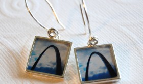 These photo earrings feature my image of the Gateway Arch which stands proudly overlooking my hometown of St. Louis.