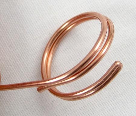 Folded wire rings tutorial by Rena Klingenberg