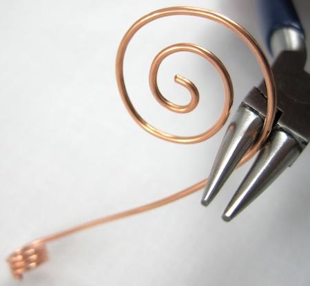 make a wire spiral
