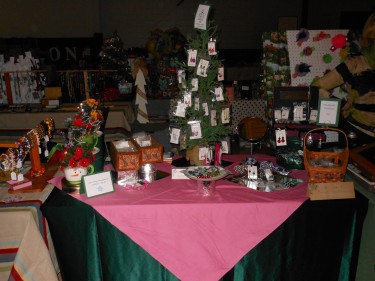 Show and Tell Jewelry Display for a Craft Show