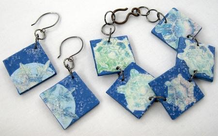 Christmas sticker jewelry set tutorial by Rena Klingenberg