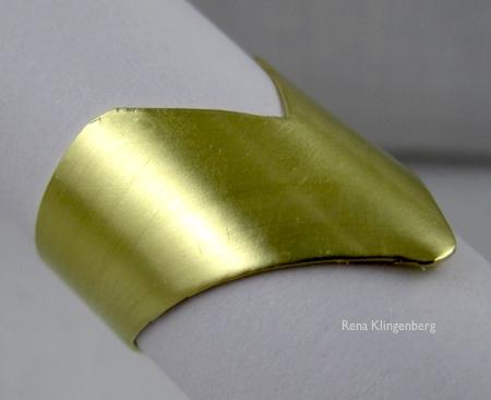 Adjustable chevron ring tutorial by Rena Klingenberg