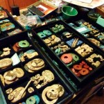 Organizing beads in compartmented trays