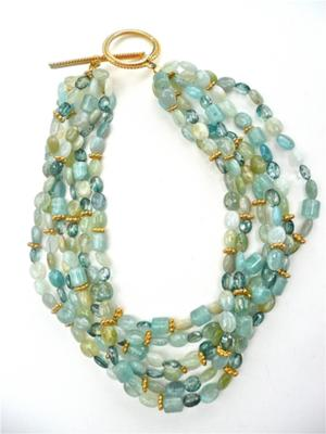 Aquamarine with vermeil daisys