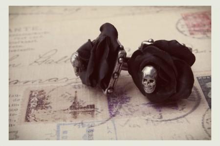 Burlesque Black Roses & Skull Cuff Links - Barnes Lovey De Luxe