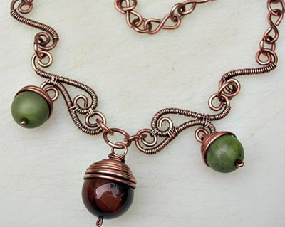 Autumn Acorns Necklace - Zoraida