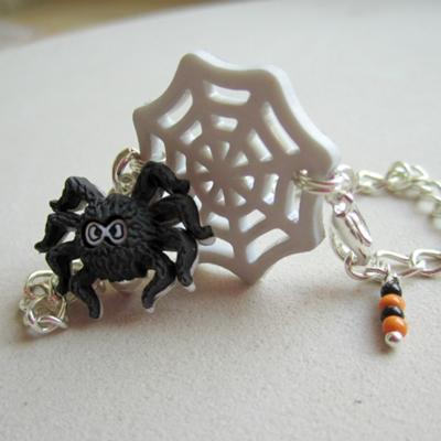Children's Halloween Bracelet – Spider and Spider Web!