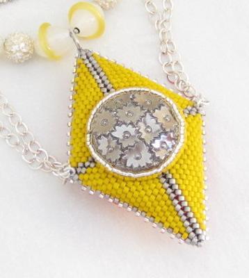 doublesided-neon-geometric-beaded-bead-pendant-21618369