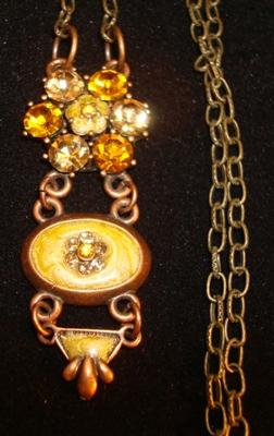 Golden Queen Necklace