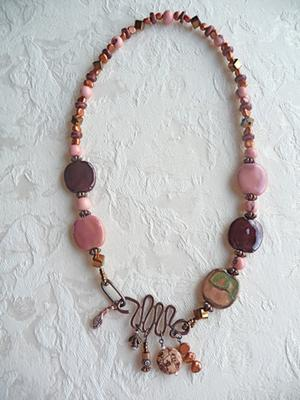 front-clasp-necklace-21564208