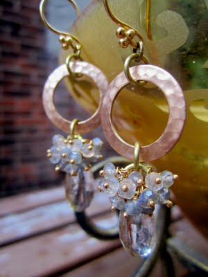 golden-rutilated-quartz-earrings-21550824