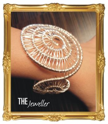 Hypnotic Silver Plated Jewelry Set