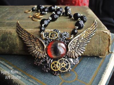"Jules Verne's ""20,000 Leagues Under the Sea"" was the inspiration for Shannon Lovorn's Nautilus Navigator necklace."