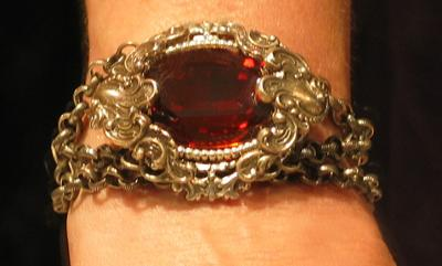 victorian-steampunk-bracelet-with-swarovski-stone-and-chunky-chain-21528192
