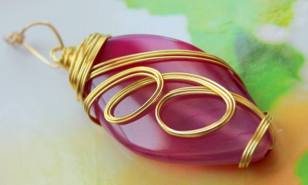 Pink Agate in Gold Wire by Rups Creations
