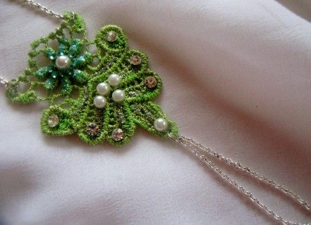 TSummers: Reversible Lace Hand Jewelry 4