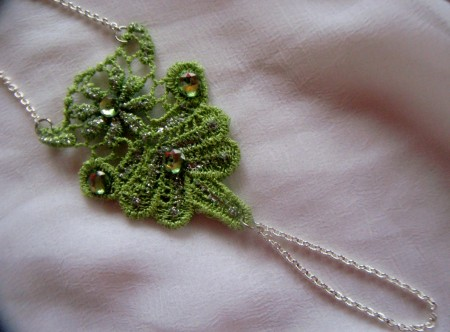 TSummers: Reversible Lace Hand Jewelry 2