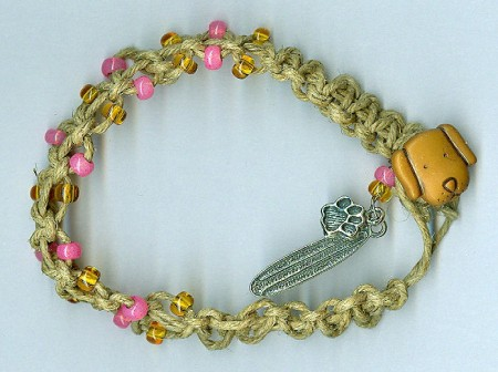 Macrame and beads surf bracelet