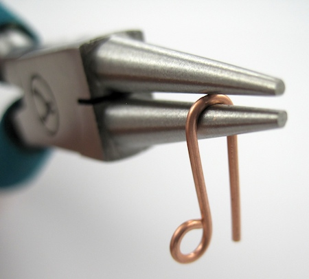Making wire hook clasp for leather choker - tutorial by Rena Klingenberg
